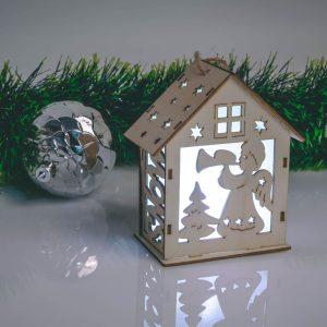 Family Karácsonyi LED dekor házikó - melegfehér - fa - 6 féle - 58033