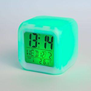 Digitális, színváltó ébresztőóra - 3 x AAA  - W1004